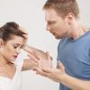 パートナーに浮気を疑われる理由と対処法